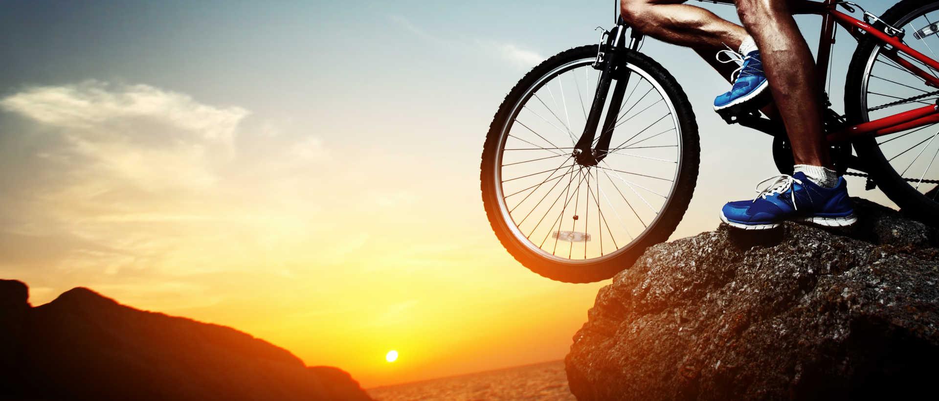 cliff_biker